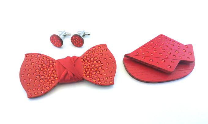 papillon legno strass rosso acceso gemelli fazzoletto da taschino Gigetto