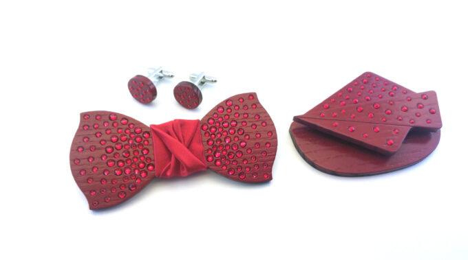 papillon legno strass rosso scuro gemelli fazzoletto da taschino Gigetto