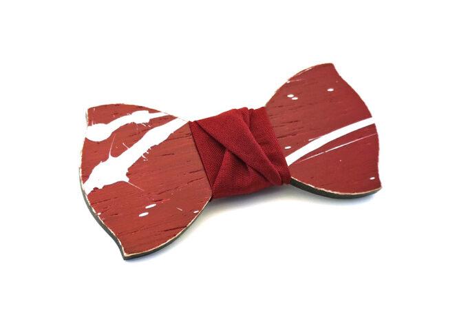 papillon legno Gigetto farfallino schizzi vernice rosso bianco