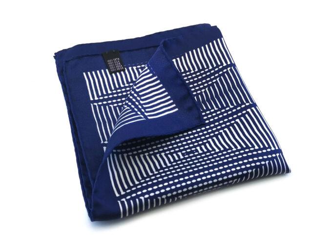 fazzoletto taschino seta pochette geometrico quadri blu bianco fantasia Gigetto
