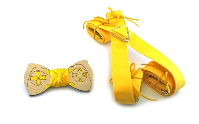 papillon legno gamepad playstation giallo bretelle stoffa Gigetto
