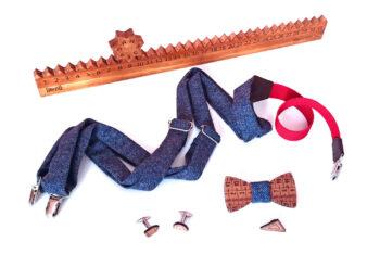 calendario legno mensile papillon gemelli spilla disegno bretelle blu gigetto